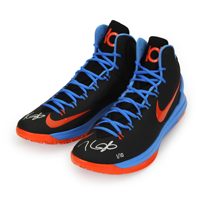 3-kdsh05_kevin_durant_autographed_black-orange_panini_authentic_shoes_v1